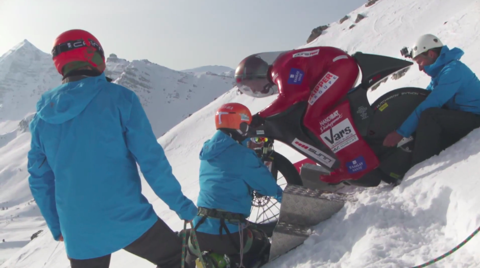 Eric Barone Weltrekord MTB Mountainbike Vars Frankreich Gipfel Berg Schneepiste Geschwindigkeitsrekord