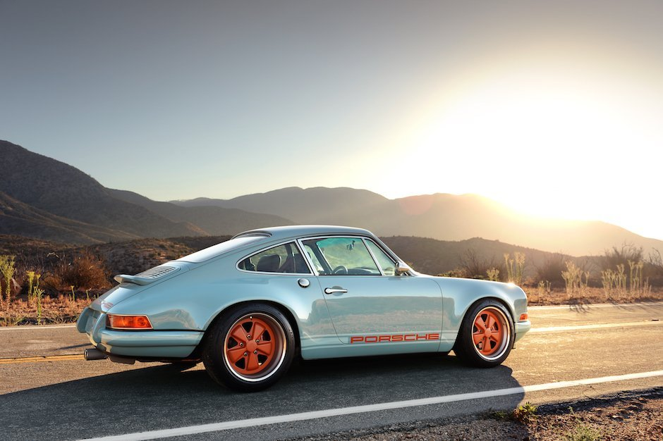 singer-911-racing-blue-49