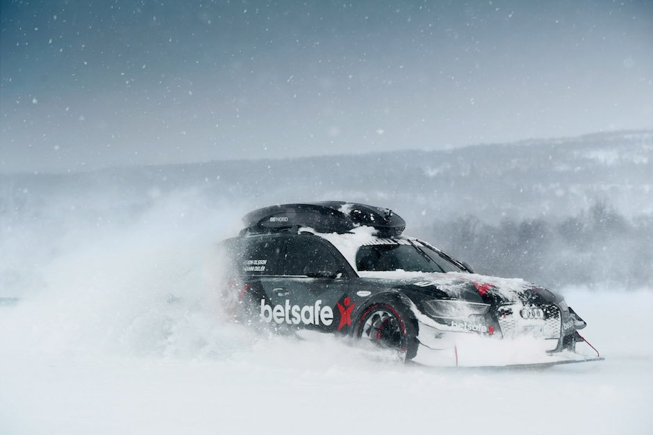 jon-olsson-audi-rs6-avant-dtm-snow-plow