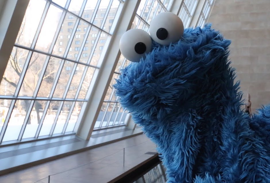 Shower Thoughts with Cookie Monster: Krümelmonster ist ein scharfer Denker