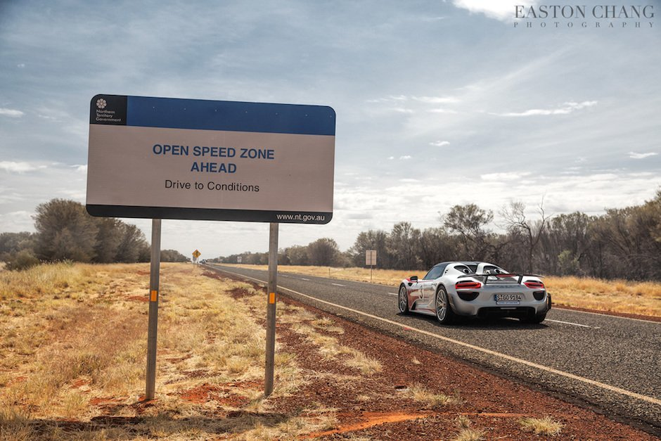 porsche-918-spyder-open-speed-zone