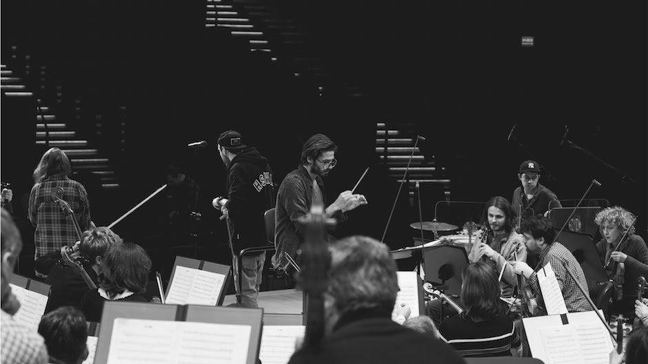 Polish National Radio Symphony Orchestra performs Hip-Hop medley