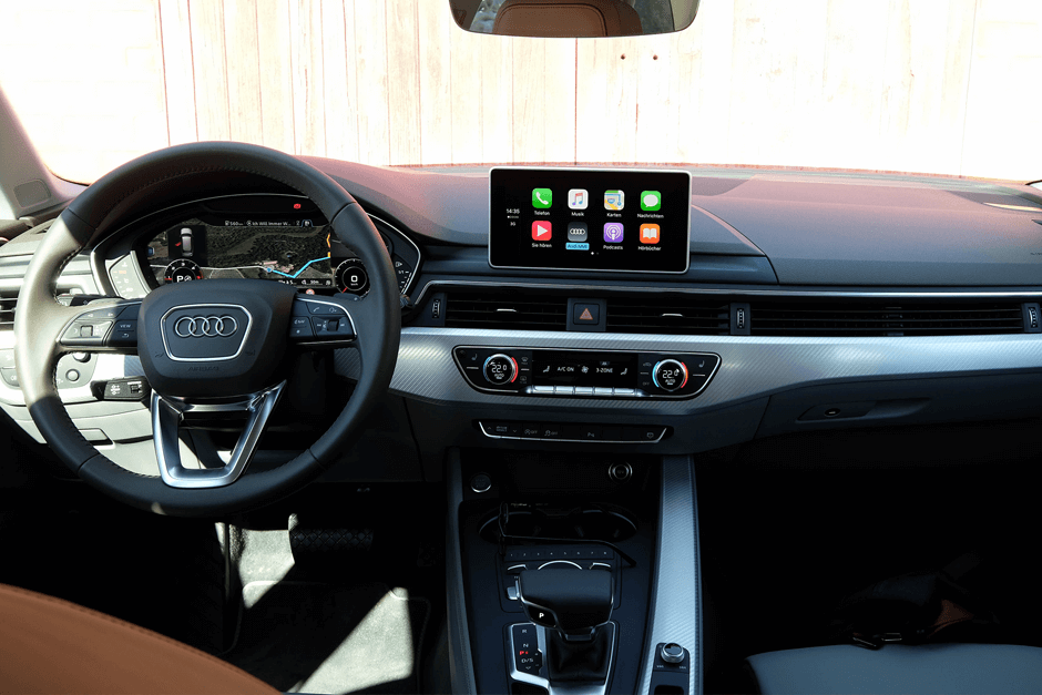 audi-a4-avant-2015-interieur-apple-car-play