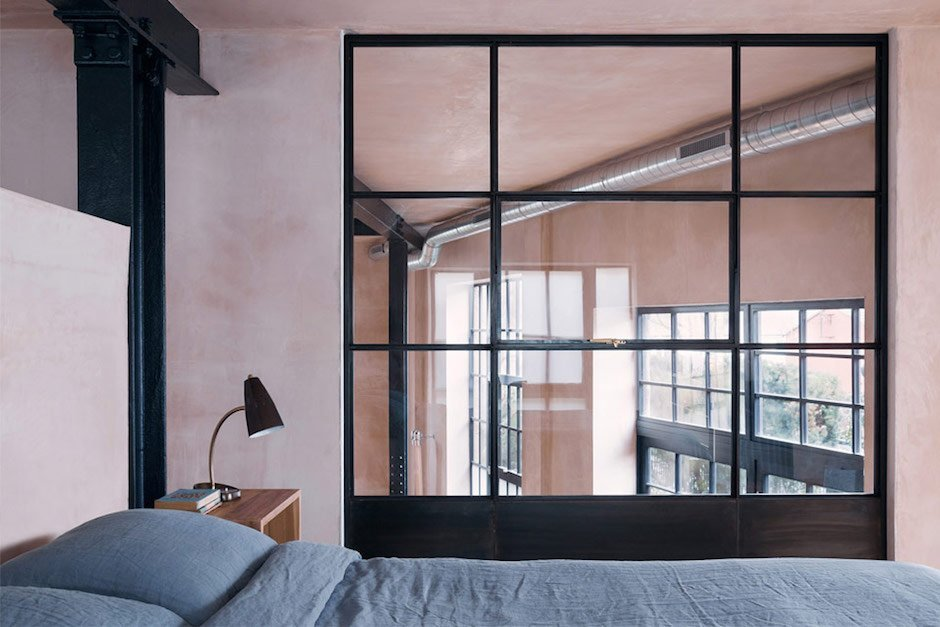 sadie-snelson-architects-warehouse-east-london-bedroom