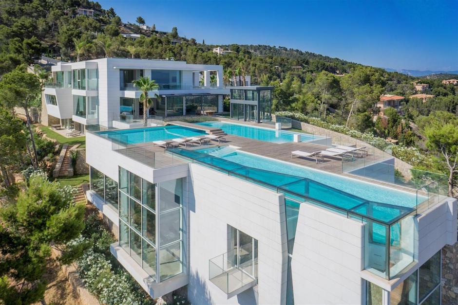 Chameleon-Villa Son Vida Overview Pools Villa Luxus Traumhaus Mallorca Spanien Berg Privatsphäre Luftaufnahme
