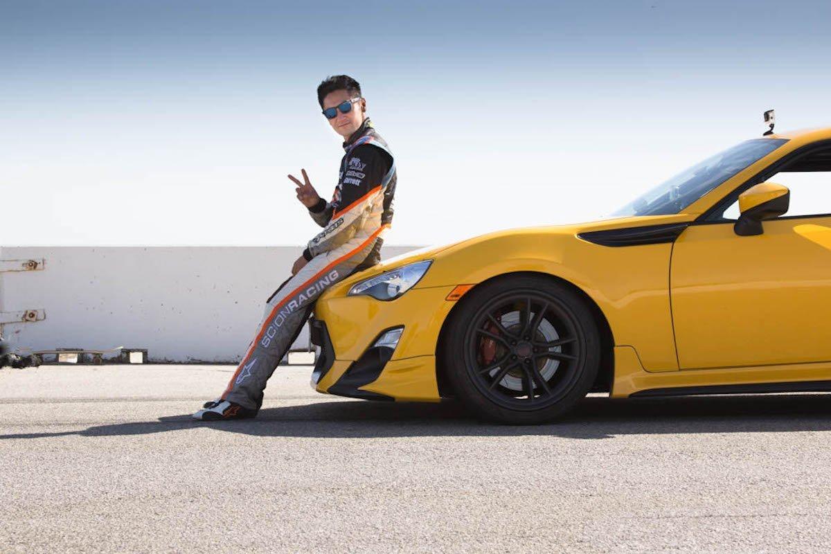 Ken Gushi driftet im Buttonwillow Raceway Park