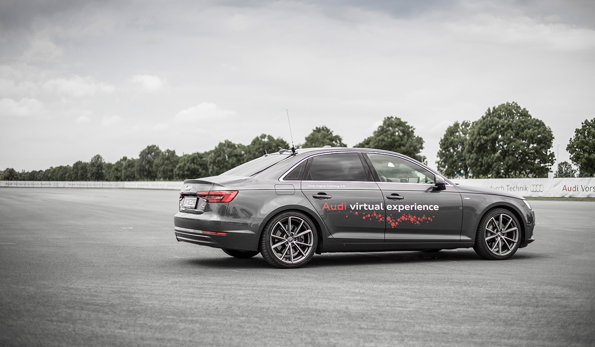 Audi-ViTrac-Experience-virtual-reality-car