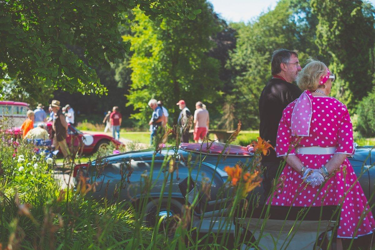 Schloss Dyck Classic Days 2016 authentische Kleidung gepunktet