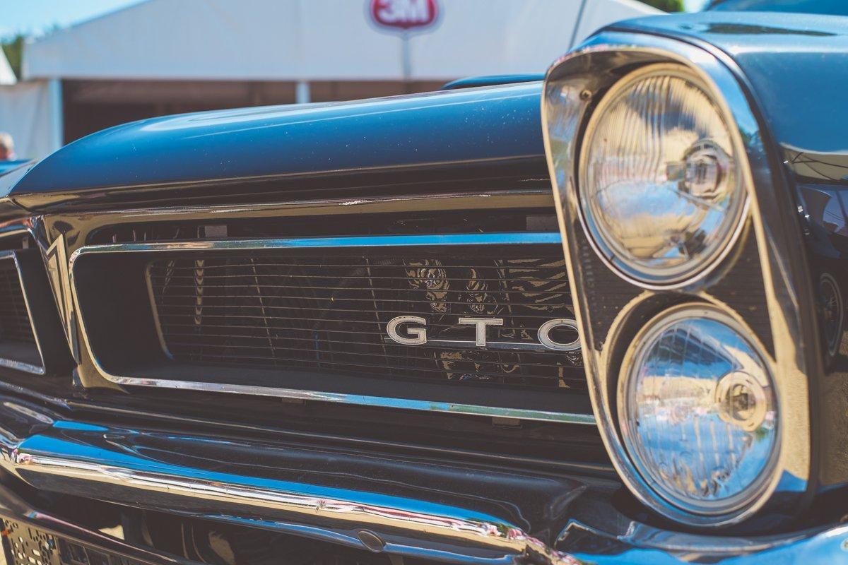 Pontiac GTO Kühlergrill schwarz Scheinwerfer