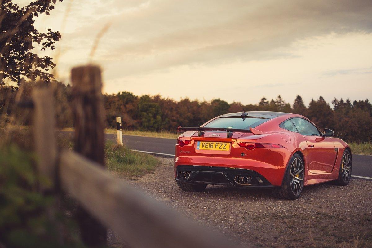 Jaguar F-TYPE SVR Coupé: zu versaut für Hardcore, zu brutal für dich