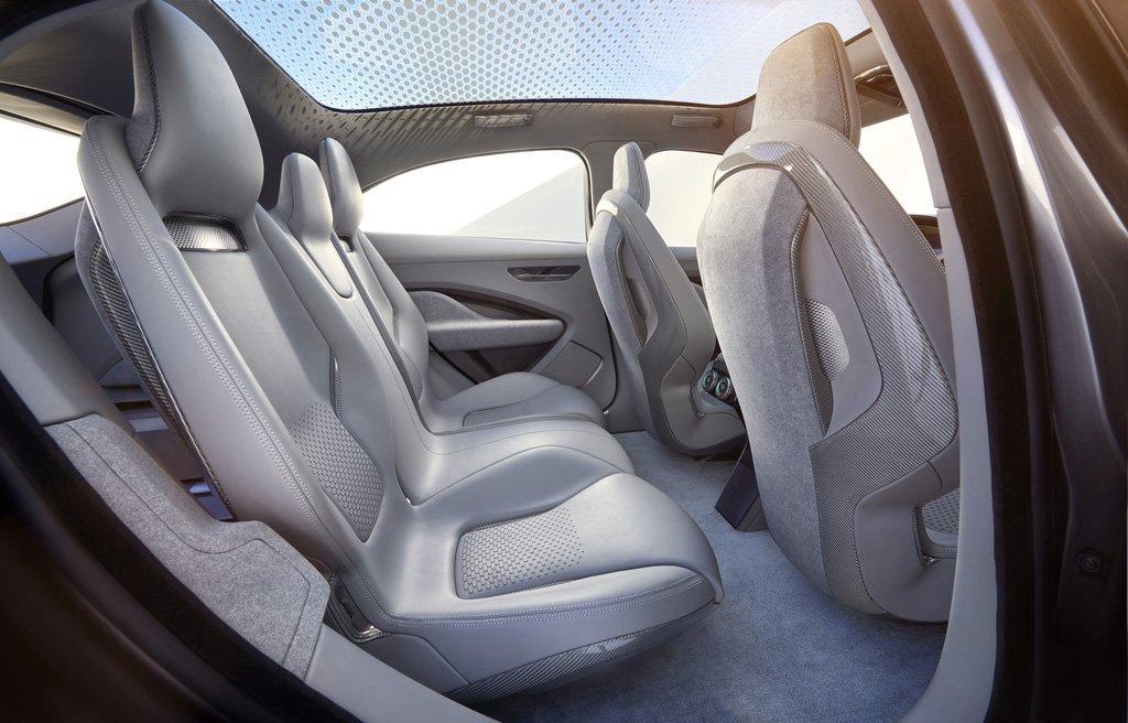 Jaguar I-PACE Concept LA Autoshow Innenraum Fahrgastzelle Panoramafenster Beinfreiheit Platzangebot Leder