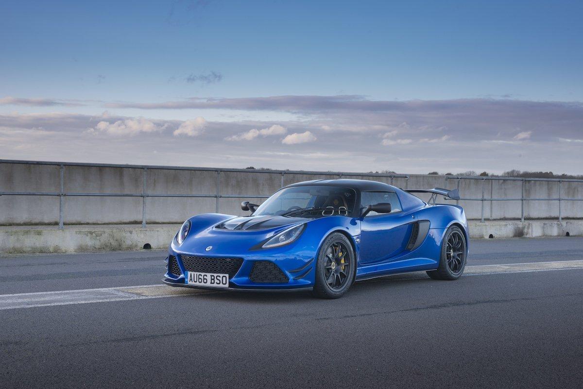Lotus Exige Sport 380 Rennstrecke Racetrack Test Review Fahrbericht blau Sportwagen V6 Kompressor Totale Felgen Wallpaper