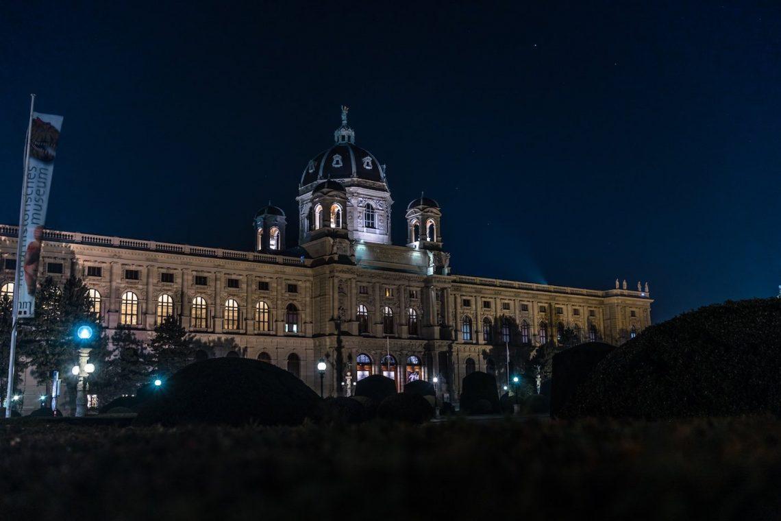 Nacht Museum Gebäude historisch Baustil