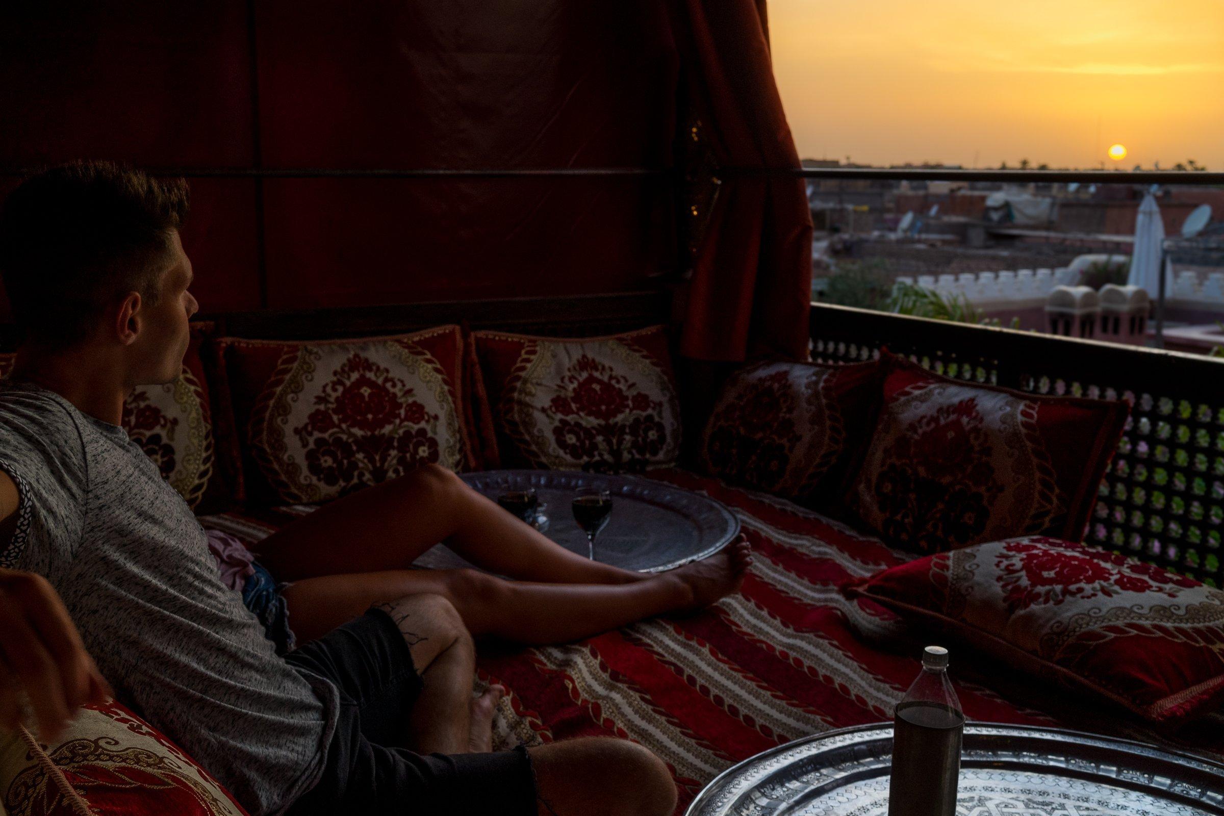 Riad AnaYela Marrakesch Marrakech Boutique Hotel Medina Flying Carpet Sunset Sonnenuntergang Kissen Zelt