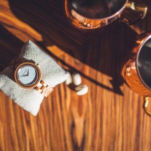 Holzkern Kirschblüte Bird's View Tisch Kissen Tassen