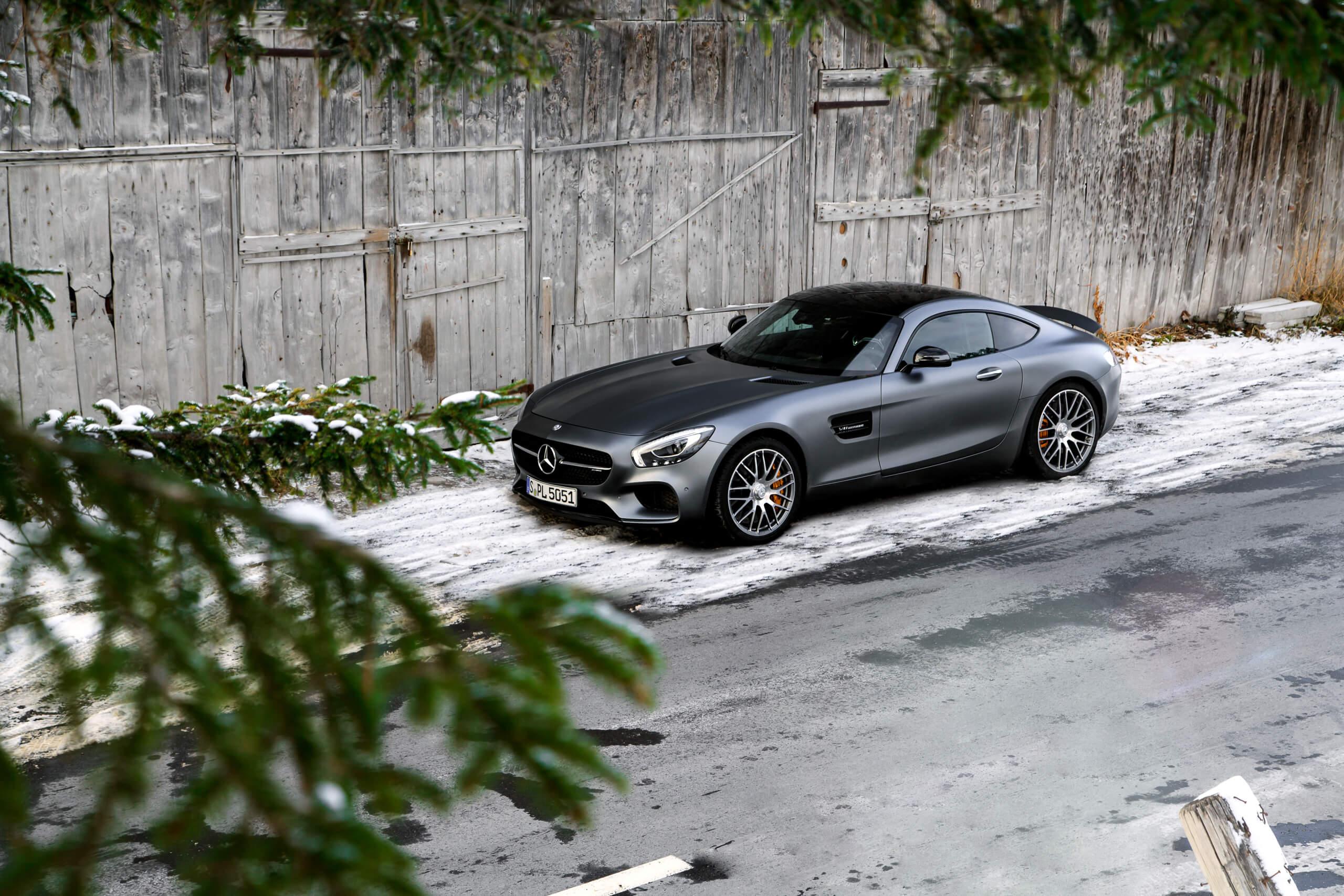 Mercedes-Benz AMG GT-S designo grey Schnee Holz Felgen Tannen