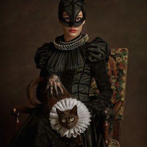 Catwoman Elizabethan