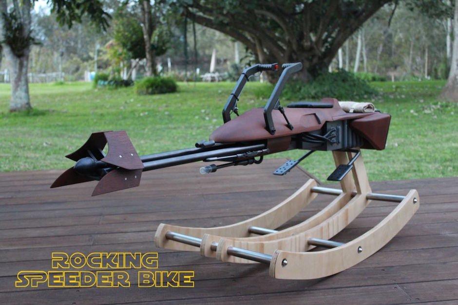 Rocking Speeder Bike Schaukelstuhl Star Wars Veranda