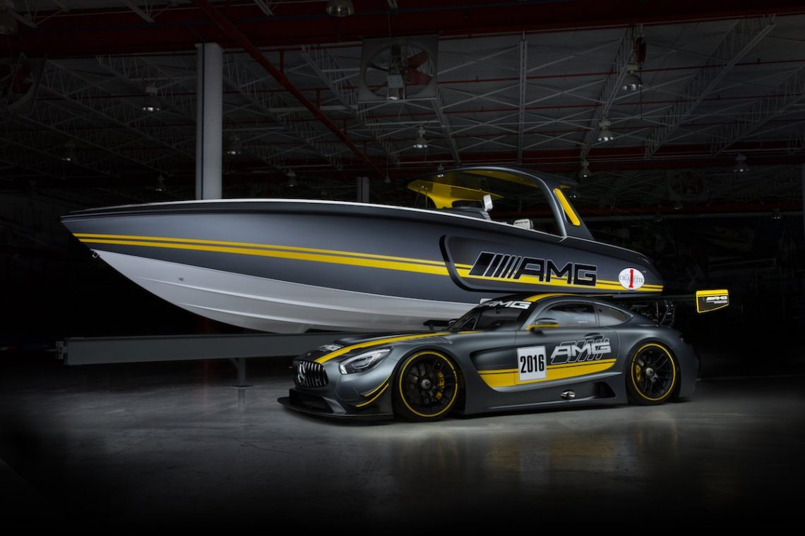 Cigarette Racing Team 41 SD GT3 Mercedes AMG GT3 Miami Internationa Boat Show Unveiling Halle Dunkel Schatten Powerboat