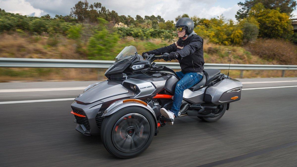 Can-Am Spyder F3T Nolan Helm Spanien Autobahn Cruising Roadster Chopper Roadster Trike Spaß Lederjacke Sommer Altea