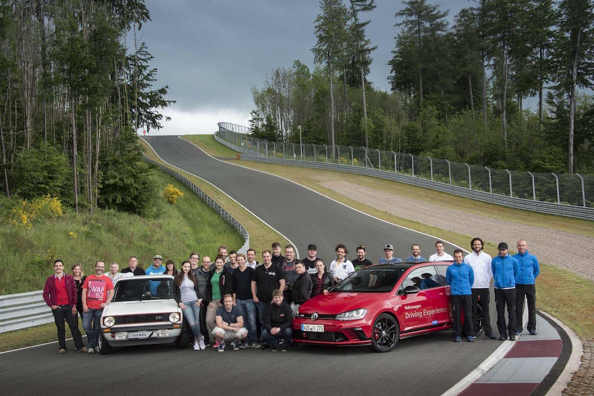 Bilster Berg Blogger Day 2016 Golf I GTI Golf 7 GTI Clubsport S Teilnehmer Mausefalle Rennstrecke Curbs
