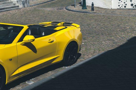 2016 Chevrolet Camaro V8 Cabriolet Bright Yellow Konturen Design Kanten Sicken Schatten schwarz gelb Maastricht
