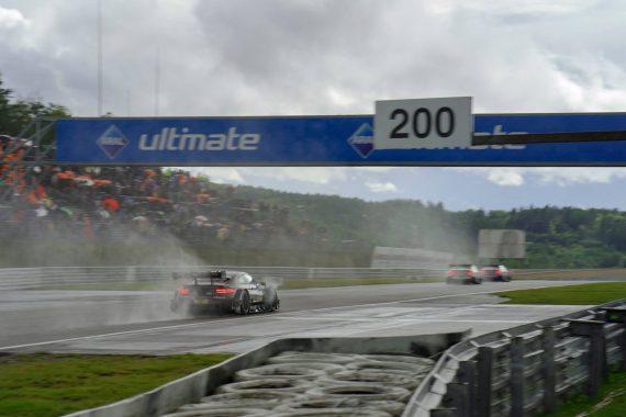 Robert Wickens Sprühwasser Nürburgring