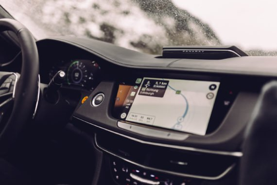 Apple Car Play Navigation Cadillac CUE