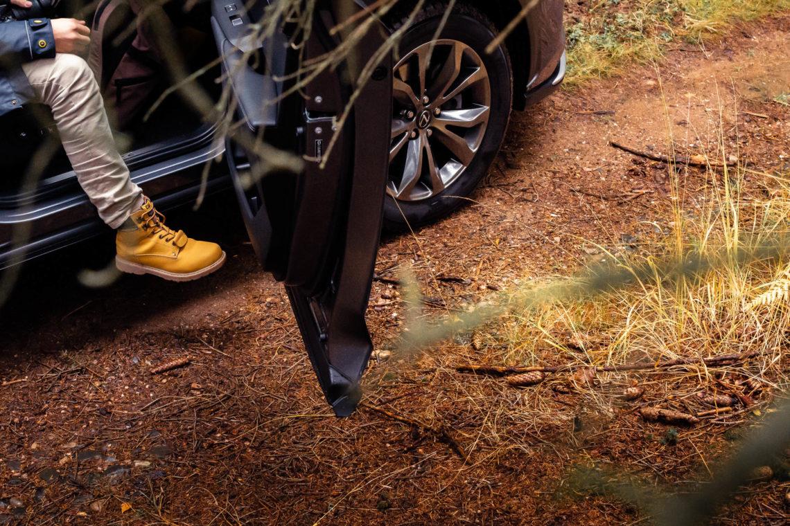 Caterpillar Schuh im Wald