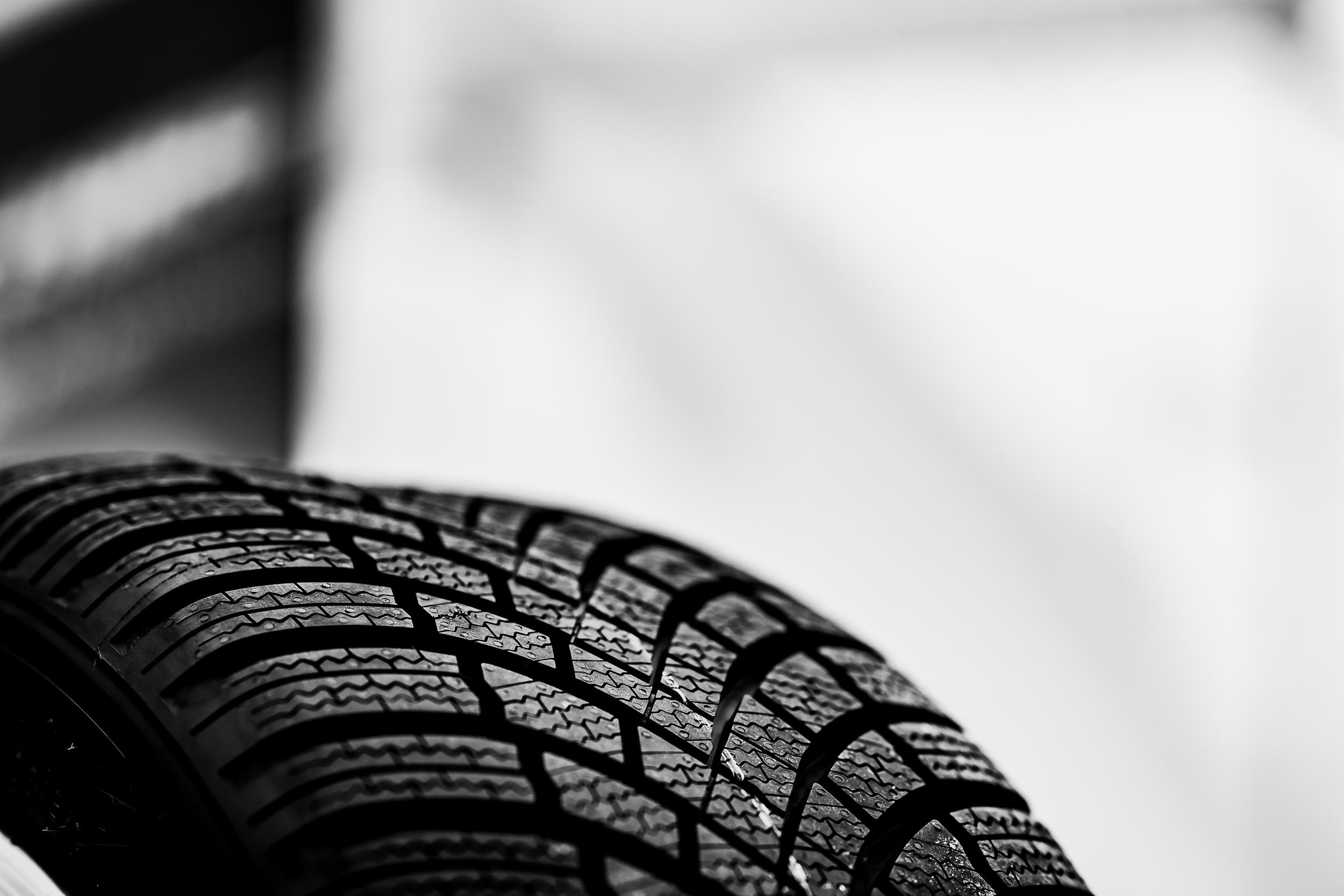 Bridgestone Blizzak LM005 Reifenprofil Detailaufnahme